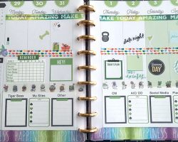 Green Happy Planner Spread